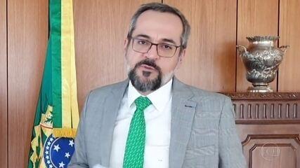 Weintraub desembarca nos EUA como ministro da Educação e fica livre da quarentena