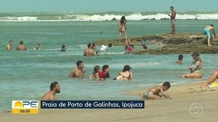 Praias de Ipojuca são liberadas para banho com horário limitado