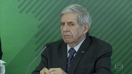Augusto Heleno diz à PF que Bolsonaro nunca teve 'embaraços' para trocar segurança pessoal