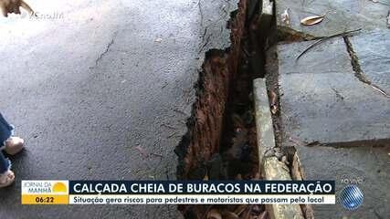 Moradores da Federação reclamam de más condições das calçadas do bairro