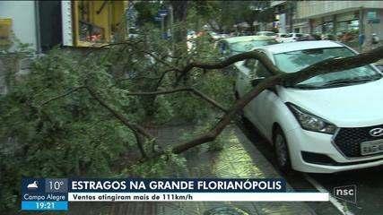 Grande Florianópolis registra estragos por causa de temporal