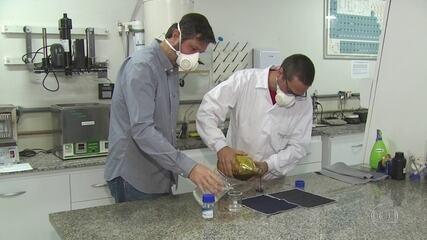Pesquisadores de universidade desenvolvem roupa à prova de coronavírus