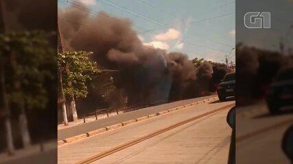 Acidente envolvendo viatura da Rotam gera protesto de moradores em Belém