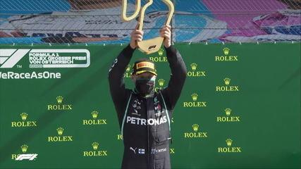 Bottas sobe ao pódio e ergue troféu do GP da Áustria