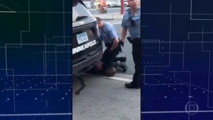 Reveladas gravações de câmeras de uniformes de policiais acusados de matar George Floyd