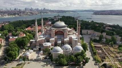 Presidente da Turquia converte Basílica de Santa Sofia em mesquita