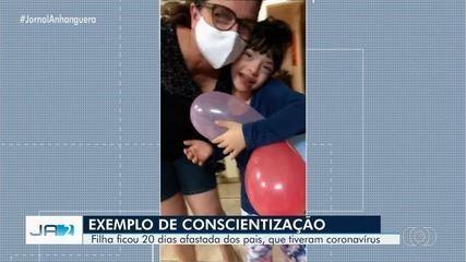 Pais registram reencontro emocionante com a filha após 20 dias isolados pelo coronavírus