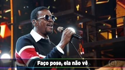 Seu Jorge canta 'Mina do Condomínio'
