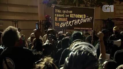 Portland, nos Estados Unidos, tem protesto pacífico contra o racismo