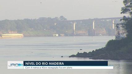 Autoridades alertam sobre risco de navegação com baixo nível do rio Madeira