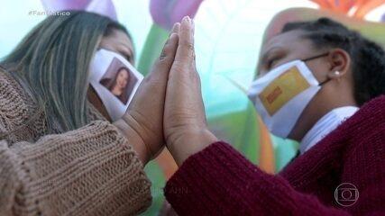 Técnicas de enfermagem se descobrem irmãs em treinamento para Covid-19
