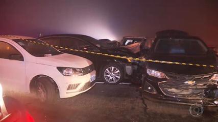 Acidente com dezenas de veículos deixa oito mortos em São José dos Pinhais, em Curitiba