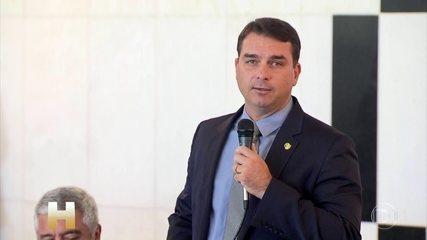 Em agosto, Flávio Bolsonaro fez críticas à Lava Jato e defendeu Augusto Aras