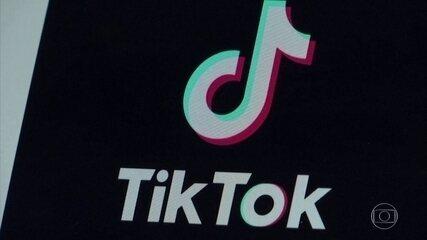 Trump assina decreto proibindo qualquer transação com a dona do TikTok