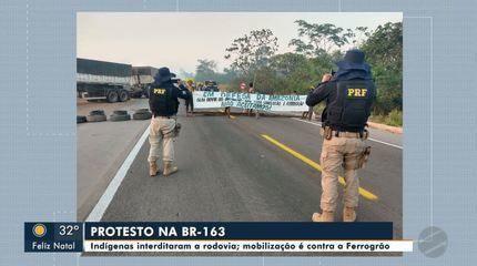 Em agosto do ano passado, indígenas interditaram a BR-163, no Pará, e fizeram mobilização contra a Ferrogrão