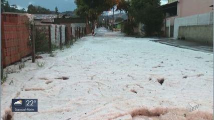 Chuva de granizo muda paisagem no campo e enche ruas de gelo em cidades do Sul de MG