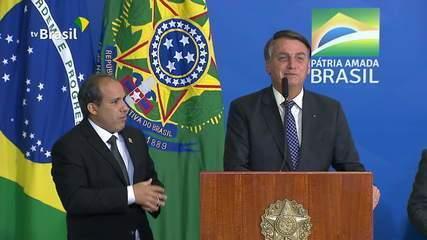 Bolsonaro: 'Os R$ 600 pesam muito para a União'