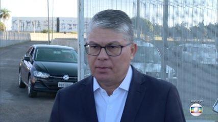 Secretário de Saúde do DF é preso por suspeita de irregularidades na compra de testes