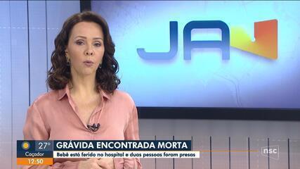 Grávida é encontrada morta, e duas pessoas são presas na Grande Florianópolis