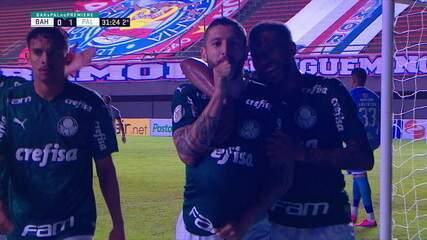 Gol do Palmeiras! Após erro da zaga, Luiz Adriano acha Scarpa, que cruza e Zé Rafael abre placar, aos 31 do 2º tempo