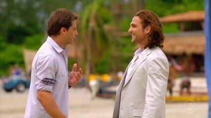 Alberto convence Cassiano a levar diamantes para o Caribe