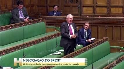 Mudança do acordo do Brexit infringiria lei internacional, diz ministro britânico