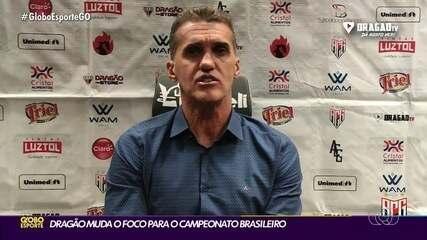 Técnico Vagner Mancini espera que Renato Kayzer fique no Atlético-GO