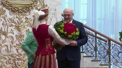 Presidente de Belarus toma posse para um sexto mandato