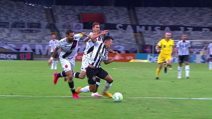 Viralized Bicycle Gate Overshadowed Var Spoiler And Tractor From Atletico Mg Soccer