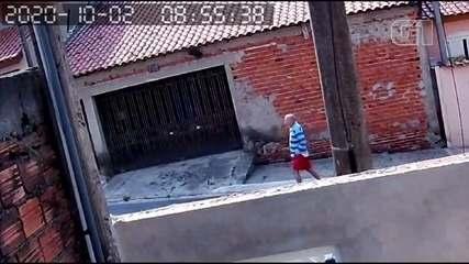 Câmeras de segurança registraram idoso pouco antes de desaparecer em Votorantim