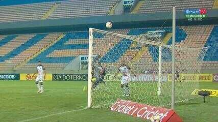 Éder Sciola cabeceia e Thiago Braga faz defesa sensacional, aos 8 do 2º Tempo