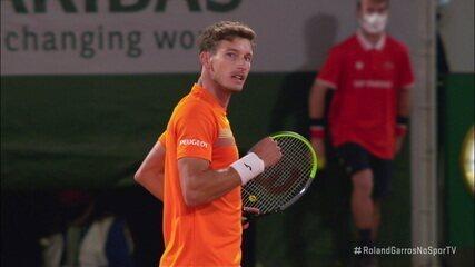 Pablo Carreño Busta vence o primeiro set contra Novak Djokovic em Roland Garros