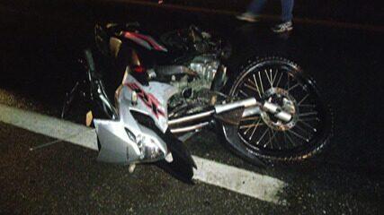 Motociclista fica ferido em acidente na Mogi-Salesópolis