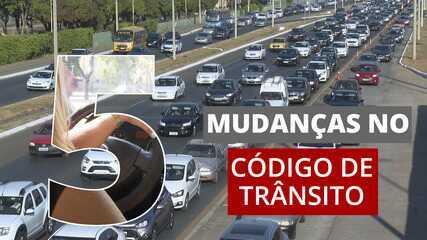 Bolsonaro sanciona lei que altera regras do Código de Trânsito: veja 5 mudanças