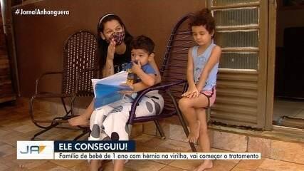 Bebê que tem hérnia inguinal consegue tratamento em Goiânia