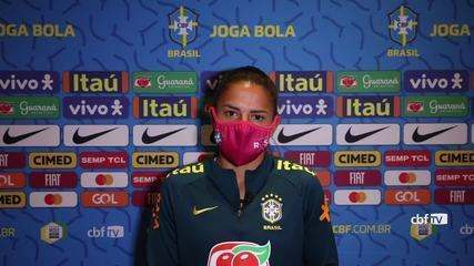 Confira coletiva com a meia Debinha, da seleção feminina de futebol