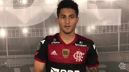 Gomes, volante do Flamengo, fala sobre sua estreia no profissional