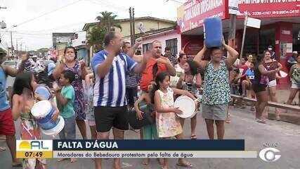 Moradores de Chã de Bebedouro protestam pela falta de água
