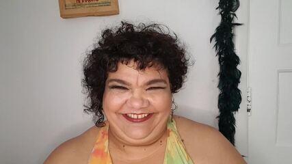 Simone Mazzer fala sobre sua cidade natal, Londrina