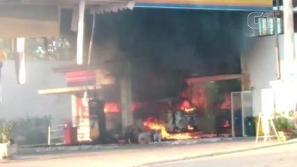 Posto de combustíveis pega fogo em Búzios, no RJ