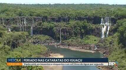 Cataratas com visual diferente para os turistas que passam o feriado em Foz do Iguaçu