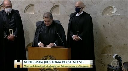 O ministro Nunes Marques tomou posse, ontem, no Supremo Tribunal Federal.