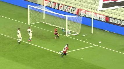 Melhores momentos de Athletico-PR 2 x 1 Fortaleza pela 20ª rodada do Brasileirão