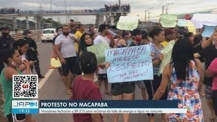 Protesto em frente ao Conjunto Macapaba limita tráfego na BR-210, em Macapá
