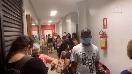 Eleitores enfrentam listas de espera para votar em Goiânia