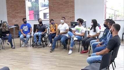 Candidato à Prefeitura de Mogi das Cruzes, Caio Cunha se reúne com lideranças de movimento