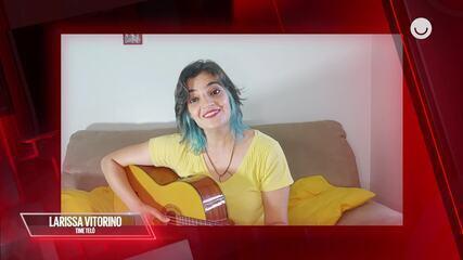 Larissa Vitorino, do Time Teló, define as músicas que marcaram sua vida