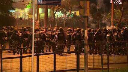 Porto Alegre tem protestos contra morte de homem negro por seguranças