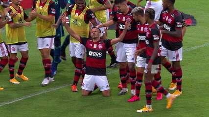 Os gols de Flamengo 3 x 1 Coritiba, pela 22ª rodada do Campeonato Brasileiro