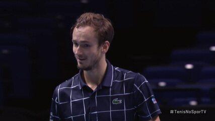 Os pontos decisivos de Daniil Medvedev 2 x 1 Rafael Nadal pelo Torneio dos Campeões da ATP